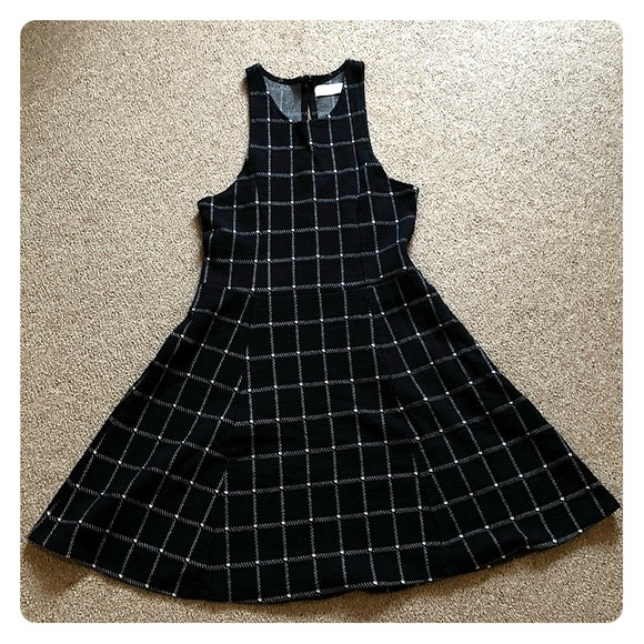 Abercrombie & Fitch Dresses & Skirts - Plaid Abercrombie Dress NEVER WORN